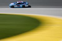 Дейл Ернхардт-мол., Hendrick Motorsports Chevrolet