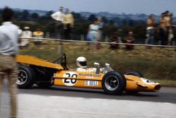 Derek Bell, McLaren M9A-Ford