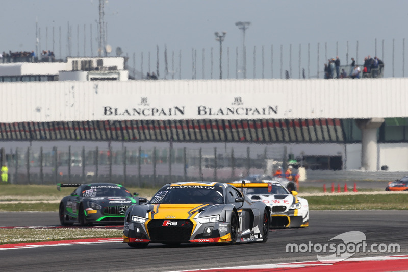 #17 Team WRT, Audi R8 LMS: Stuart Leonard, Jamie Green