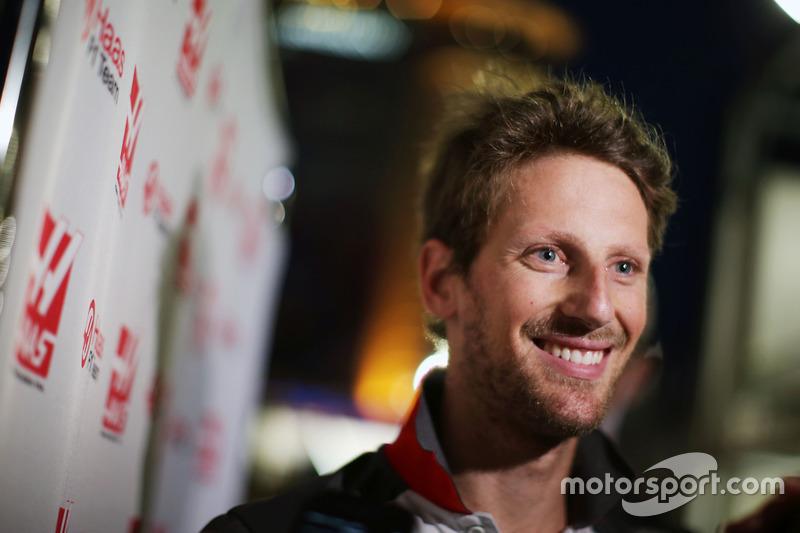 Romain Grosjean, Haas F1 Team con los medios