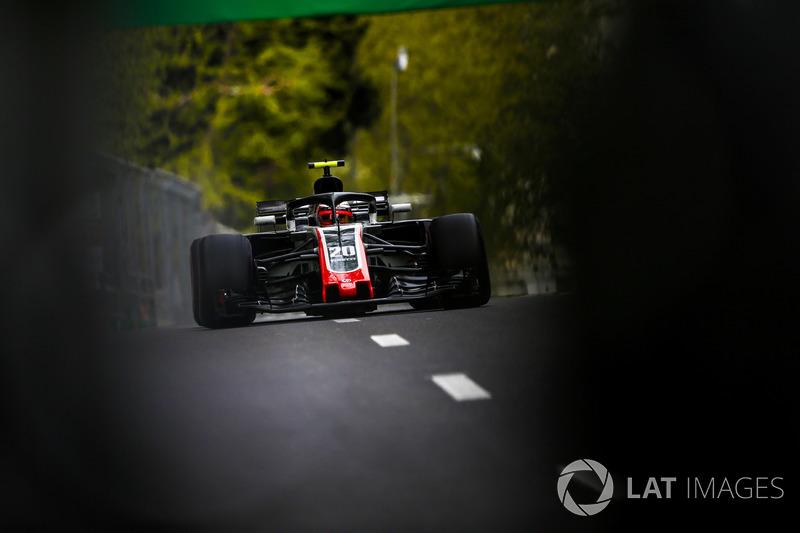15. Kevin Magnussen, Haas F1 Team VF-18