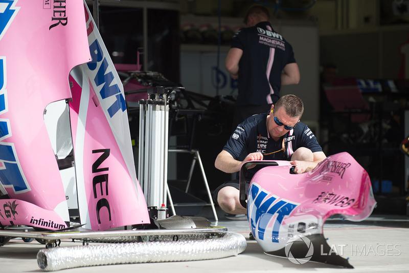 Force India F1 mekanikeri, Force India VJM11 karoseri