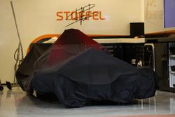 De auto van Stoffel Vandoorne, McLaren MCL32 onder zeil