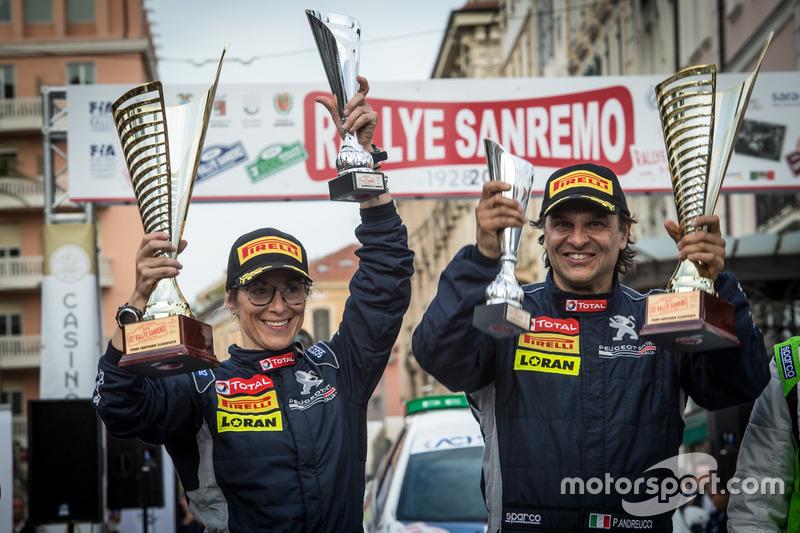 I vincitori Paolo Andreucci, Anna Andreussi, Peugeot Sport Italia