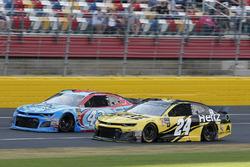 William Byron, Hendrick Motorsports, Chevrolet Camaro Hertz Darrell Wallace Jr., Richard Petty Motorsports, Chevrolet Camaro World Wide Technology