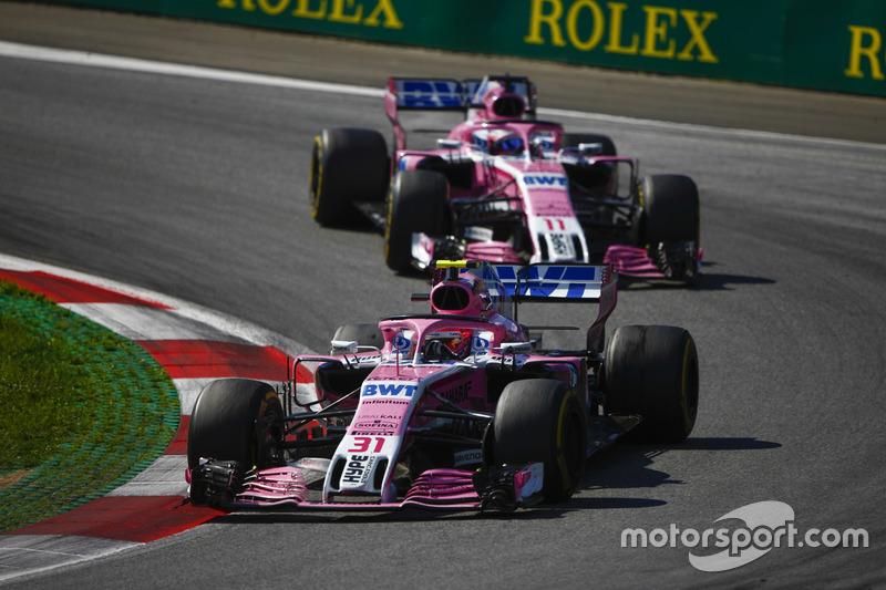 Force India жонглирует своими пилотами