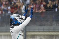 Valtteri Bottas, Mercedes AMG F1, celebrates pole position