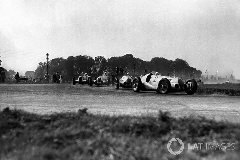 Vanderbilt Cup 1937, Roosevelt Raceway