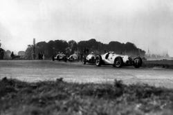 Hermann Lang, Mercedes-Benz W125; Rudolf Caracciola, Mercedes-Benz W125; Dick Seaman, Mercedes-Benz W125; Bernd Rosemeyer Auto Union C-typ
