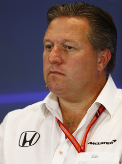 Zak Brown, uitvoerend directeur, McLaren Technology Group, in de persconferentie