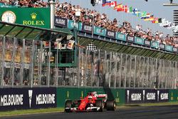 Победитель: Себастьян Феттель, Ferrari SF70H