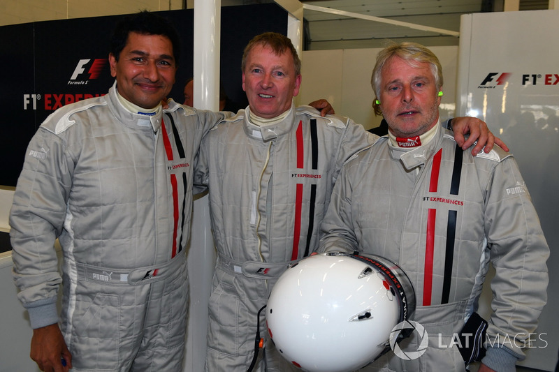 F1 Experiences 2-Seater passengers and Kevin Eason, F1 Experiences 2-Seater passenger