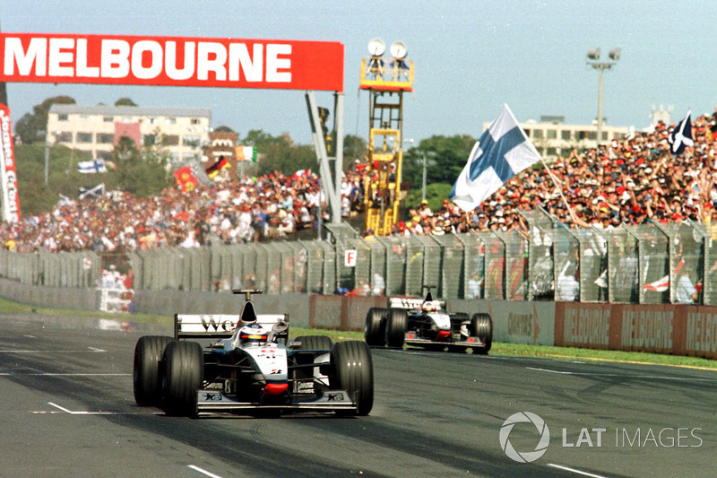 34 раза в истории Ф1 победитель первой гонки сезона выигрывал в том же году титул