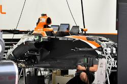 McLaren MCL32 chasis