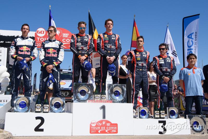 Podium: Winners Thierry Neuville, Nicolas Gilsoul, Hyundai i20 Coupe WRC, Hyundai Motorsport, second place Sébastien Ogier, Julien Ingrassia, M-Sport, Ford Fiesta WRC, third place Dani Sordo, Marc Marti, Hyundai Motorsport, Hyundai i20 Coupe WRC