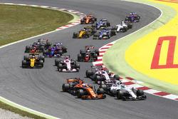 Felipe Massa, Williams FW40; Fernando Alonso, McLaren MCL32; Esteban Ocon, Sahara Force India F1 VJM10; Sergio Perez, Sahara Force India F1 VJM10