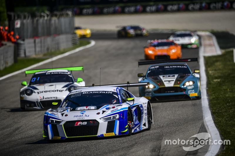 #26 Sainteloc, Audi R8 LMS: Christian Kelders, Christopher Hasse, Marc Rostan