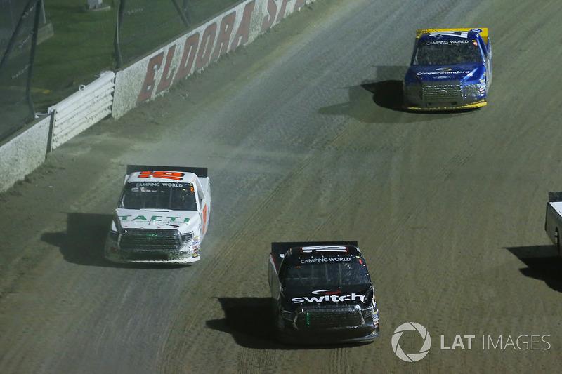 Noah Gragson, Kyle Busch Motorsports Toyota, Ryan Truex, Hattori Racing Enterprises Toyota