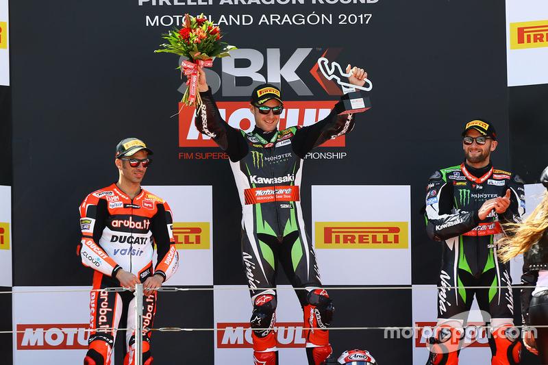 Podium: Ganador, Jonathan Rea, Kawasaki Racing, segundo, Marco Melandri, Ducati Team, tercero, Tom Sykes, Kawasaki Racing