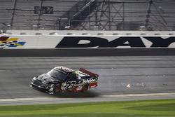 Ben Rhodes, ThorSport Racing Toyota después del choque en la última vuelta