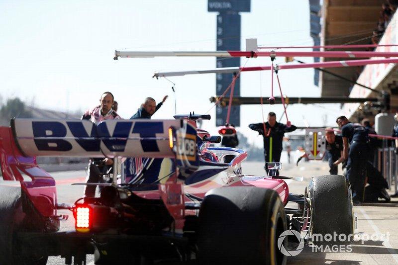 Sergio Perez, Racing Point F1 Team RP19, s'arrête au stand