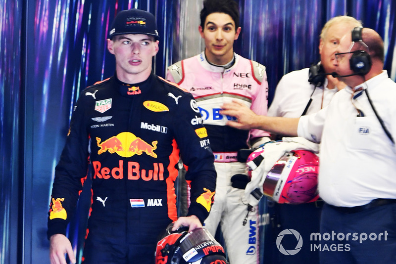 Max Verstappen, Red Bull Racing y Esteban Ocon, Racing Point Force India se reclaman después de la carrera tras su accidente en pista