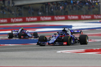 Brendon Hartley, Scuderia Toro Rosso STR13 and Pierre Gasly, Scuderia Toro Rosso STR13