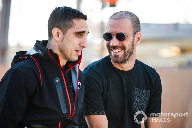 Sébastien Buemi, Nissan e.Dams talks to Jean-Eric Vergne, DS TECHEETAH