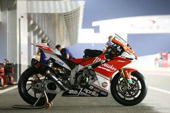 Lorenzo Savadori, Milwaukee Aprilia bike