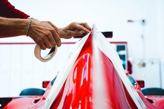 https://cdn-6.motorsport.com/images/mgl/YXRXz470/s9/ferrari-philip-morris-stickers-1.jpg