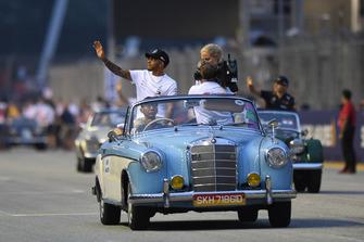 Lewis Hamilton, Mercedes AMG F1 on drivers parade