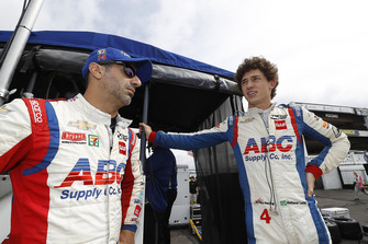 Tony Kanaan, A.J. Foyt Enterprises Chevrolet, Matheus Leist, A.J. Foyt Enterprises Chevrolet