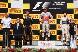 Podio: il vincitore della gara Lewis Hamilton, McLaren, il secondo classificato Romain Grosjean Lotus F1, il terzo classificato Sergio Perez, Sauber