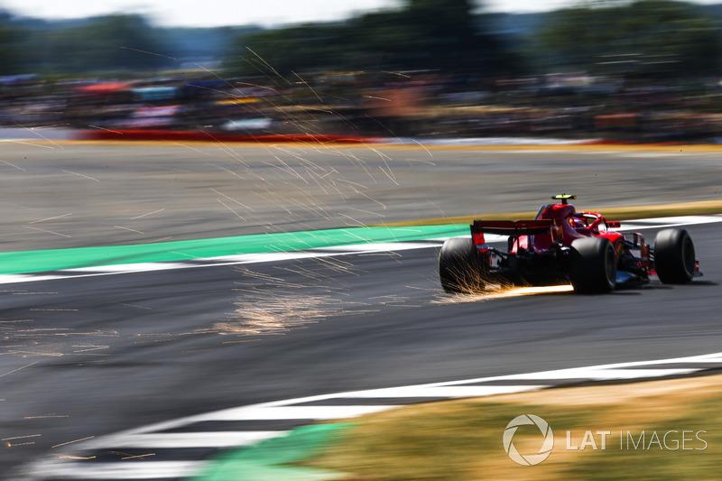 3: Kimi Raikkonen, Ferrari SF71H, 1'25.990