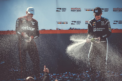 Winnaar Simon Pagenaud, Team Penske Chevrolet, tweede Will Power, Team Penske Chevrolet