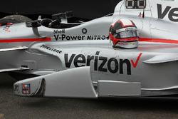Tire marks on the winning car of Juan Pablo Montoya, Team Penske Chevrolet