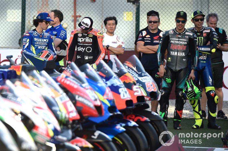 Валентино Россі, Yamaha Factory Racing, Франко Морбіделлі, Petronas Yamaha SRT, Франческо Баньяя, Pramac Racing