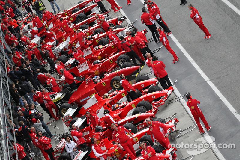 Автомобили Ф1 Ferrari