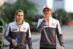 Esteban Gutierrez, Haas F1 Team with Sarah Dryhurst, Haas F1 Team Press Officer