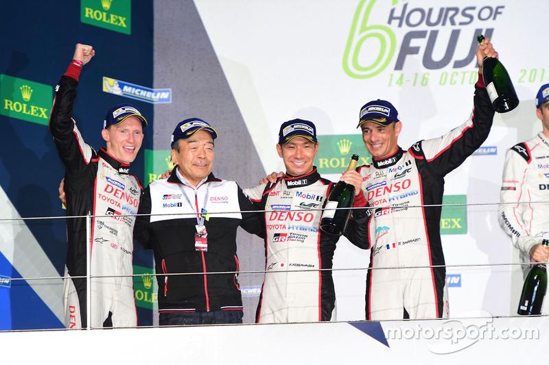 Podium LMP1: racewinnaars #6 Toyota Racing Toyota TS050 Hybrid: Stéphane Sarrazin, Mike Conway, Kamui Kobayashi