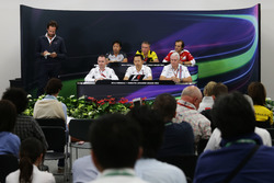The FIA Press Conference (from back row (L to R)): Ayao Komatsu, Haas F1 Team Race Engineer; Bob Bel