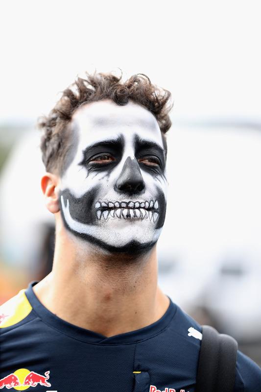 Даніель Ріккардо, Red Bull Racing, із загримованим обличчям