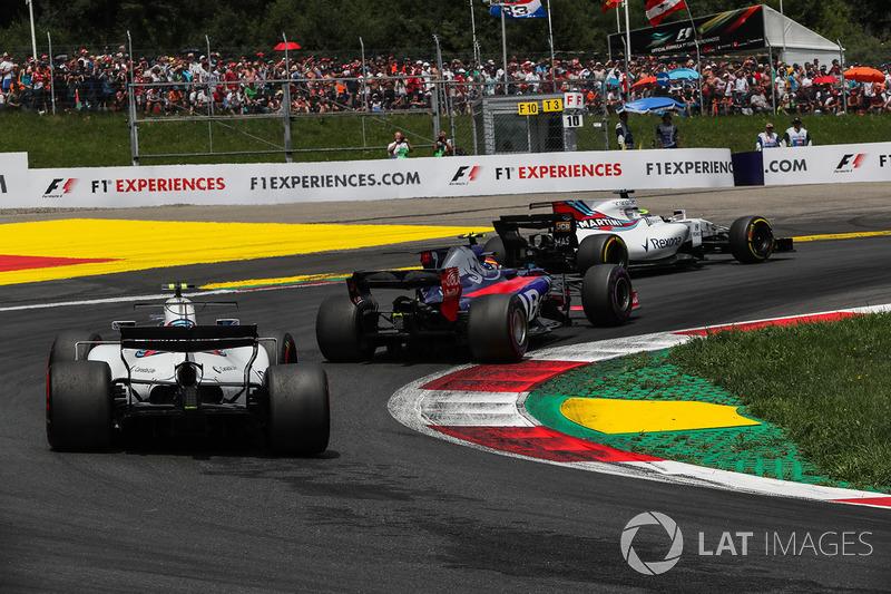 Феліпе Масса, Williams FW40, Карлос Сайнс-молодший, Scuderia Toro Rosso STR12, Ленс Стролл, Williams FW40, старт гонки