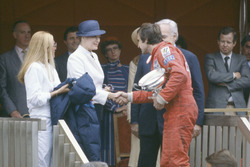 Podium: race winner Carlos Reutemann, Williams FW07B with Prince Rainier and Princess Grace of Monaco