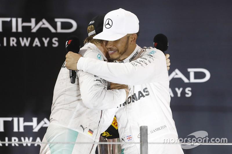 Pela segunda vez na carreira, Hamilton garantiu o vice, assim como em 2007, ano de sua estreia na categoria.