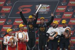 Podio: David Reynolds, Luke Youlden, Erebus Motorsport Holden