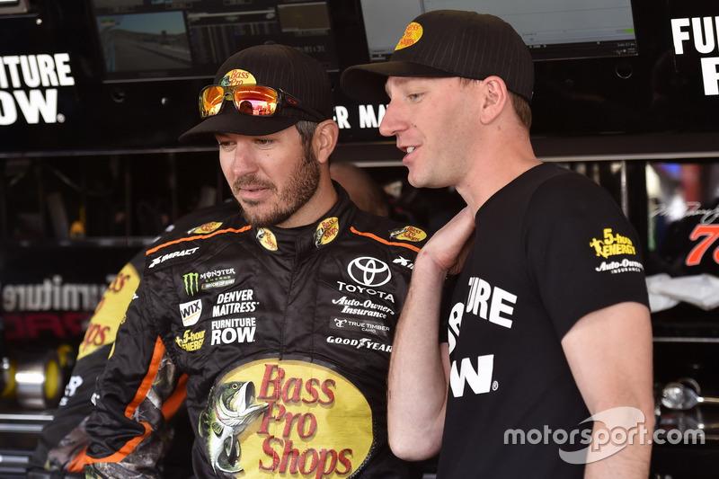 Martin Truex Jr., Furniture Row Racing Toyota y Cole Pearn, Crew chief