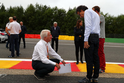 Charlie Whiting, FIA Delegate and Laurent Mekies, FIA Safety Director look at the track