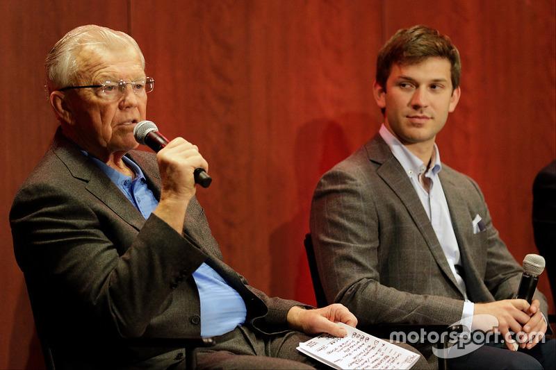 Joe Gibbs y Daniel Suárez, Joe Gibbs Racing Toyota