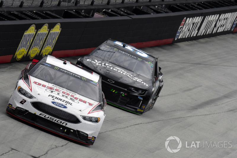 Brad Keselowski, Team Penske, Ford Fusion Discount Tire and Reed Sorenson, Premium Motorsports, Chevrolet Camaro